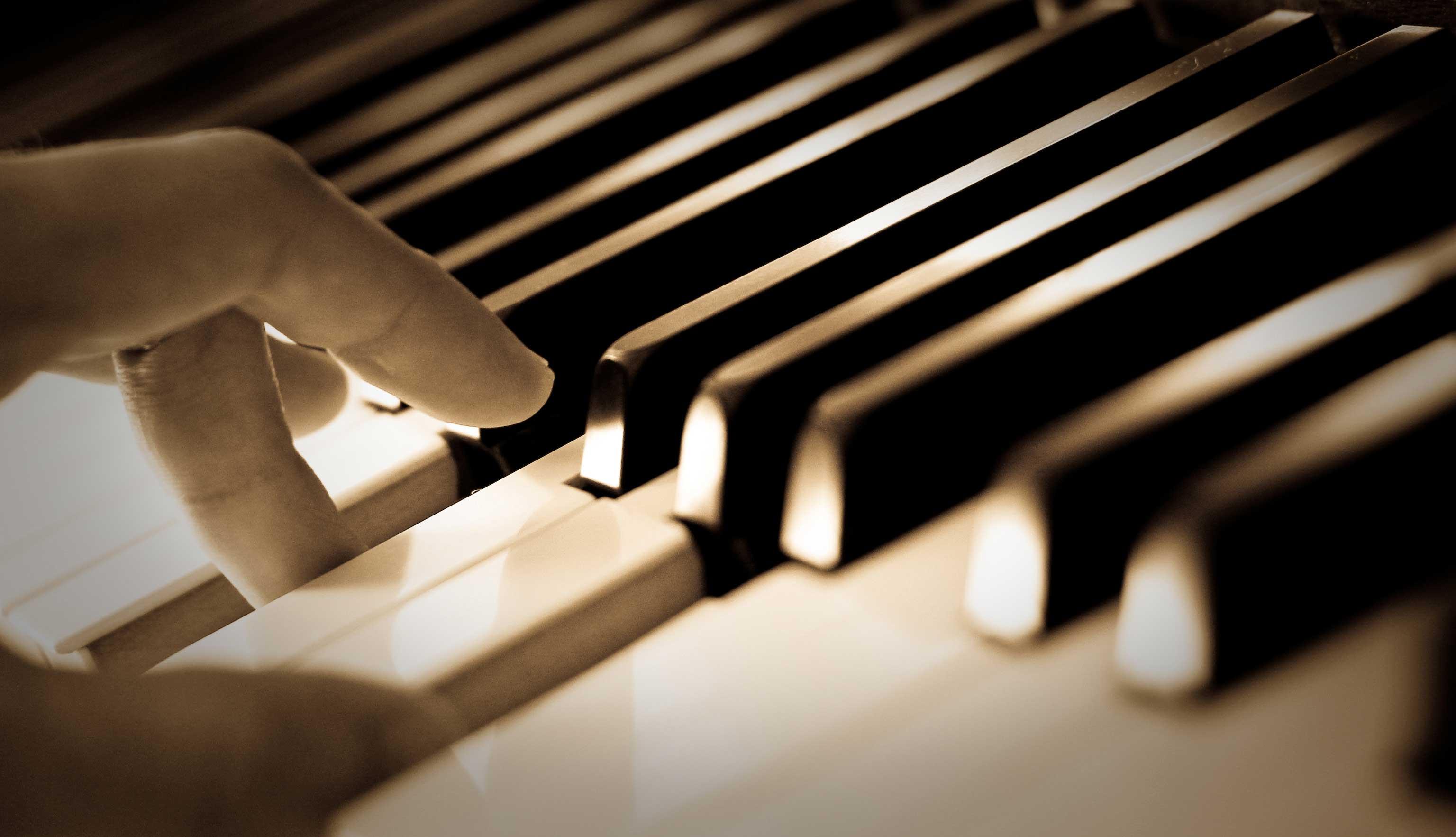 آهنگ های آرامش بخش دانلود آهنگ های آرامش بخش پیانو