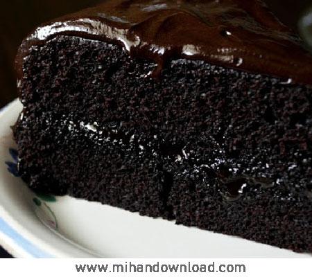 آموزش طرز تهیه کیک خامه ای شکلاتی سه لایه